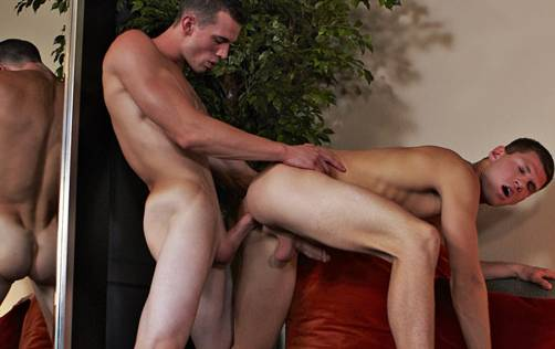 CorbinFisher: Sylas Takes on William]