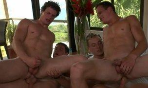 Dawson e Cain e os irmãos Liam e Luca