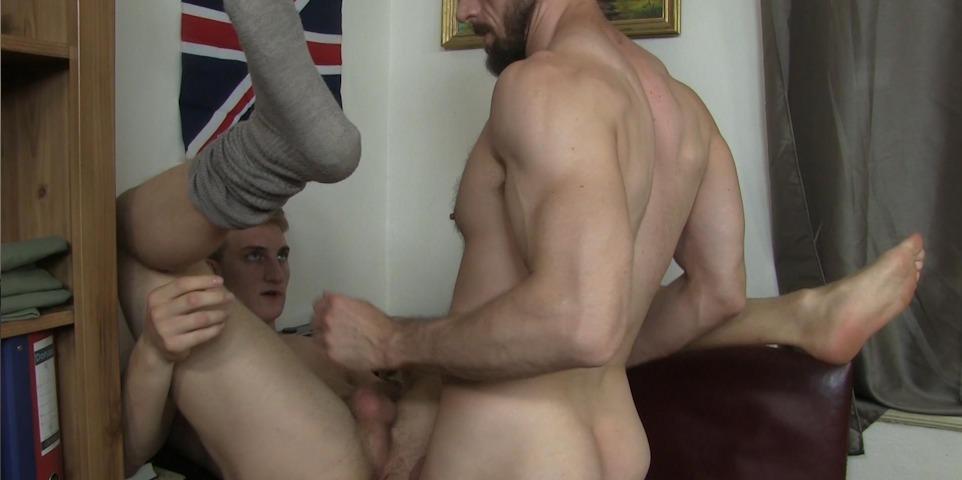 Erik Lenn e Ryan Torres]